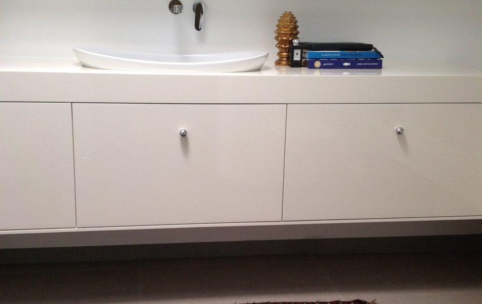דירה בתל אביב - מקלחת של חדר שינה ראשי