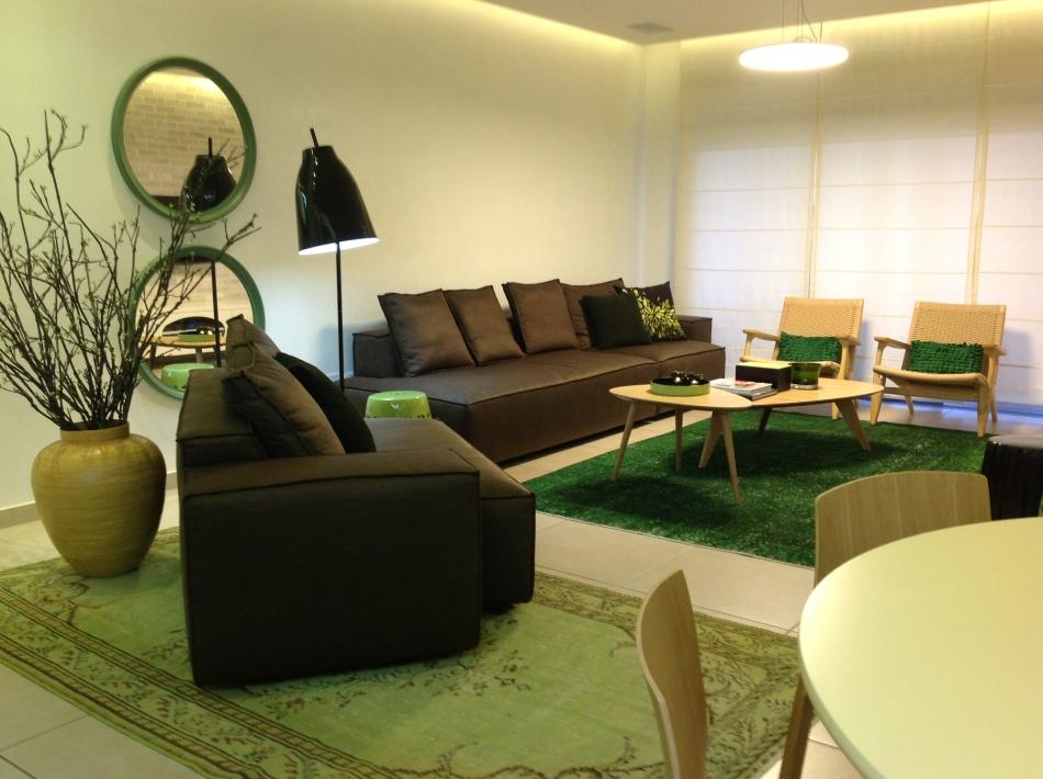חדר מגורים בדירה בנתניה