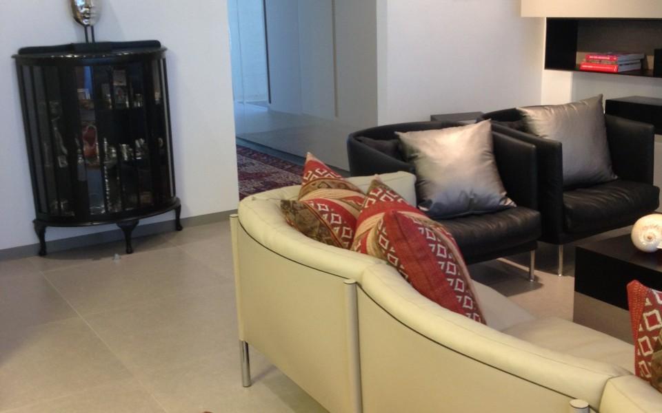 דירה בצפון תל-אביב - פינת הישיבה