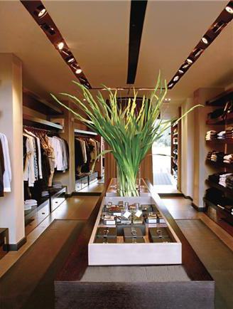 Showroom, חנות בכיכר המדינה - מבט מבפנים
