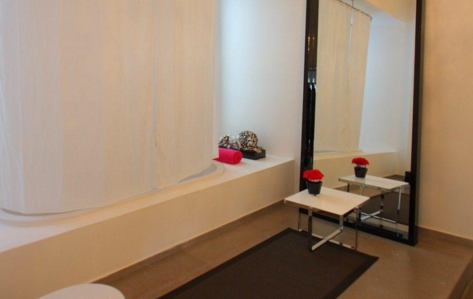 דירה בנווה צדק - חדר האמבטיה