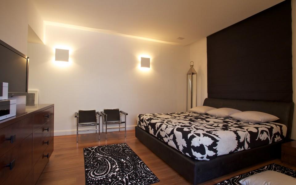 דירת גג במרכז תל-אביב - חדר שינה ראשי
