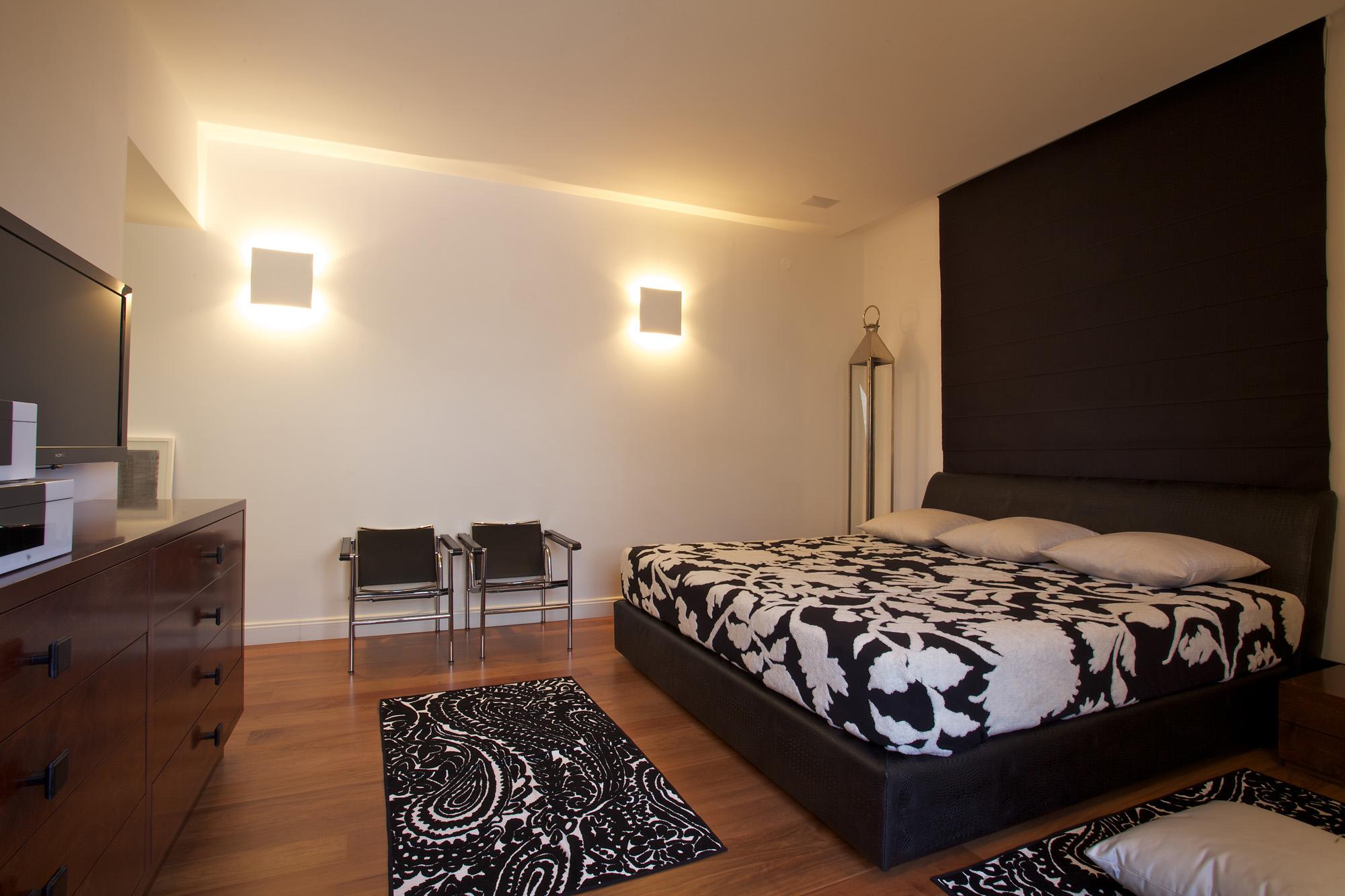 דירת גג במרכז תל-אביב – חדר שינה ראשי