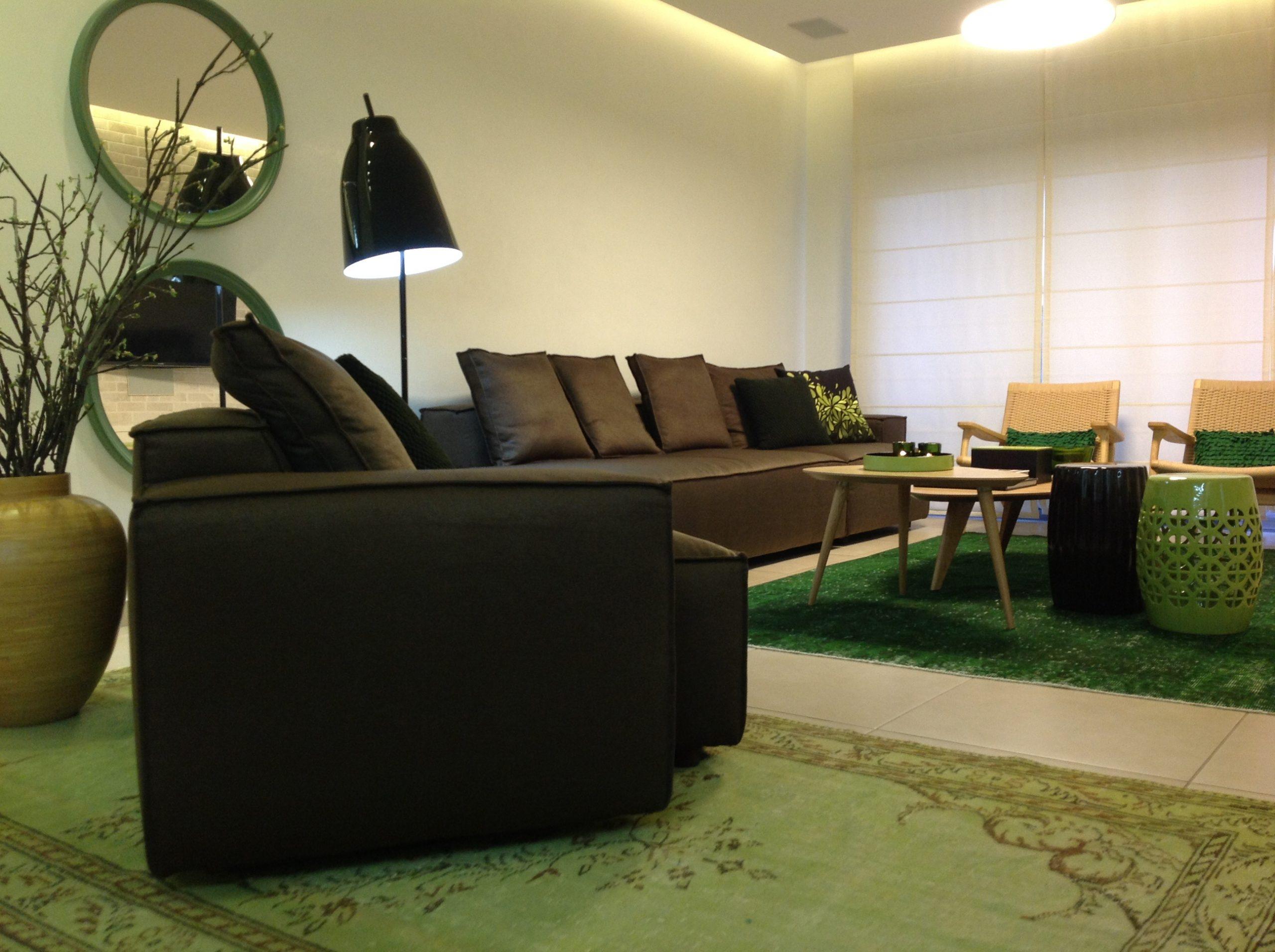 חלל מגורים בדירה בנתניה – פינת ישיבה