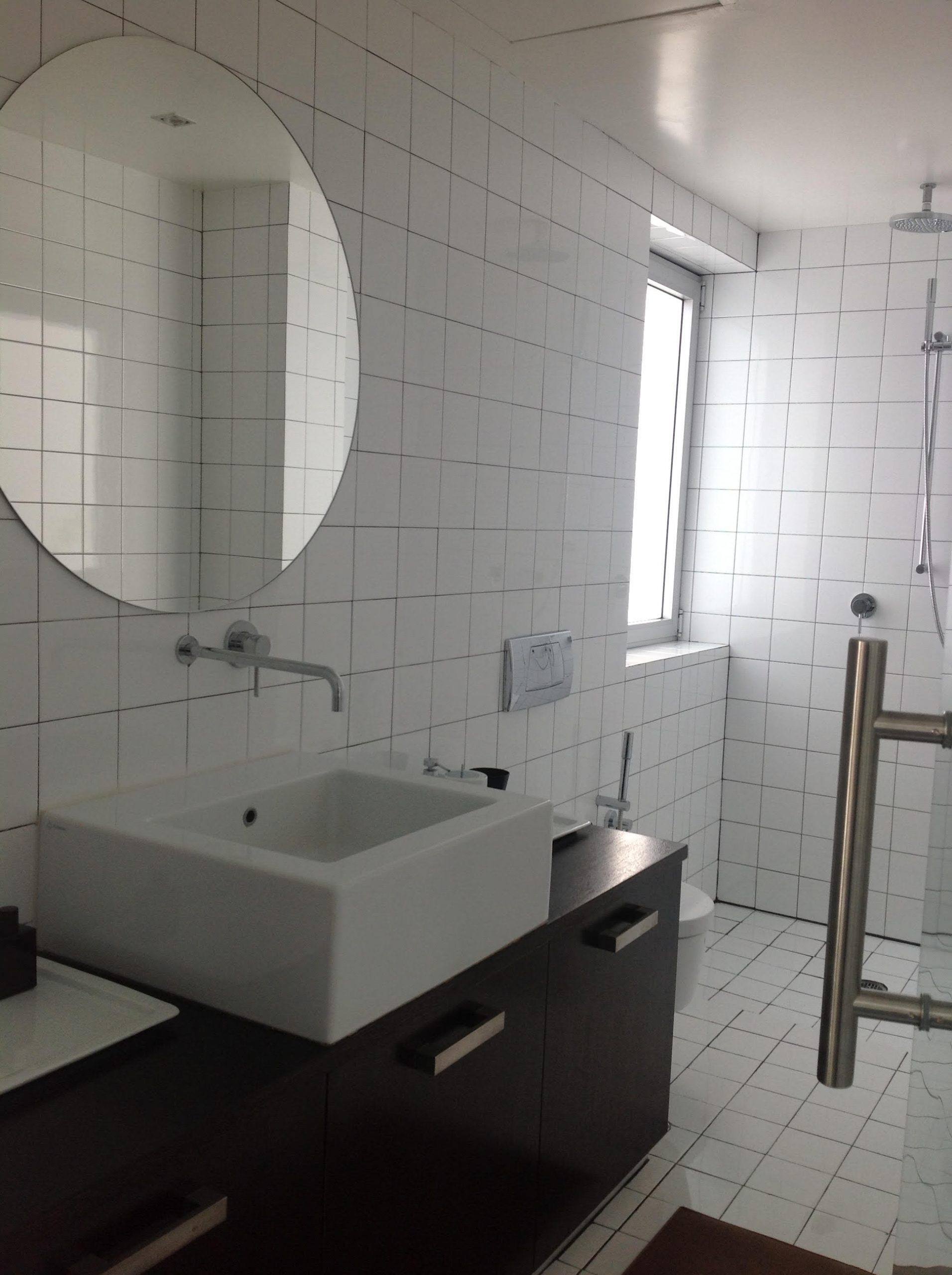 דירה במרכז תל-אביב – חדר אמבטיה